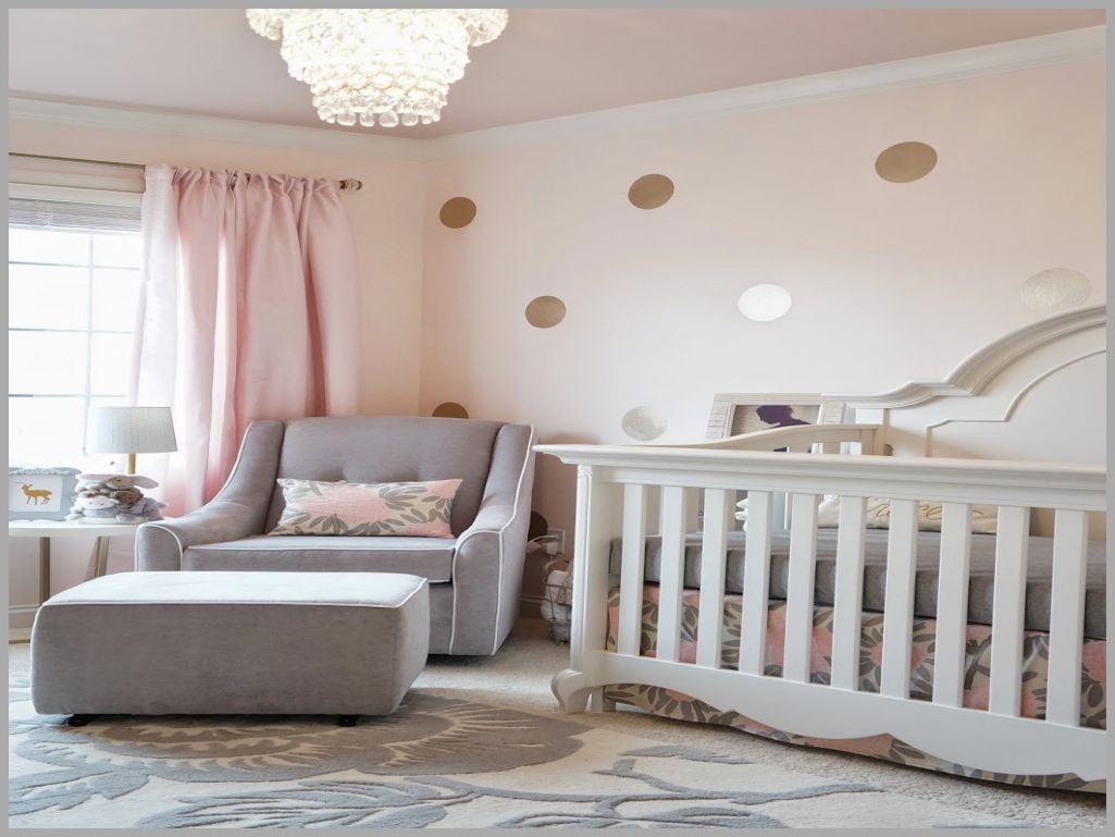 humidifier la chambre de b b bonne id e le monde de l a. Black Bedroom Furniture Sets. Home Design Ideas